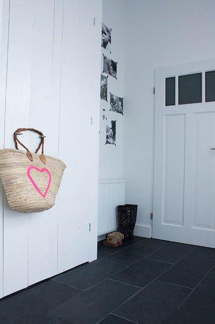 Фотография: Прихожая в стиле Скандинавский, Кухня и столовая, Интерьер комнат – фото на INMYROOM