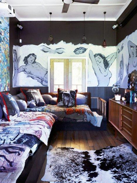 Фотография: Гостиная в стиле Эклектика, Дома и квартиры, Интерьеры звезд – фото на INMYROOM