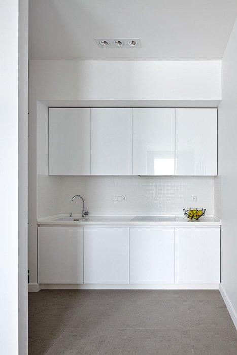 Фотография: Кухня и столовая в стиле Минимализм, Советы, Гид, напольное покрытие – фото на INMYROOM