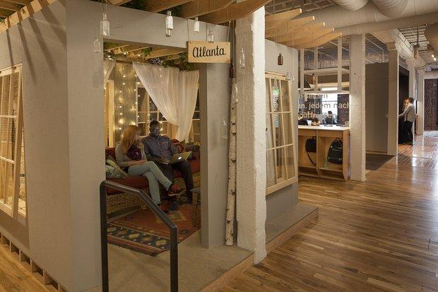Фотография: Кухня и столовая в стиле Современный, Лофт, Декор интерьера, Офисное пространство, Офис – фото на INMYROOM