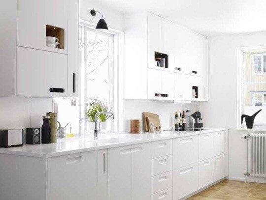 Фотография:  в стиле , Малогабаритная квартира, Советы, как визуально увеличить высоту потолков, идеи для малогабариток, как визуально приподнят потолки – фото на INMYROOM