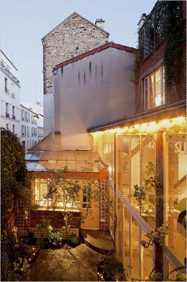 Фотография: Флористика в стиле , Дом, Дома и квартиры, Лестница – фото на INMYROOM