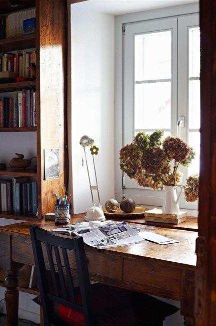 Фотография: Офис в стиле Прованс и Кантри, Кабинет, Интерьер комнат – фото на INMYROOM