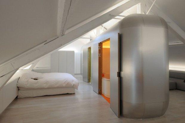 Фотография: Спальня в стиле Хай-тек, Лофт, Современный, Квартира, Дома и квартиры, Футуризм – фото на INMYROOM