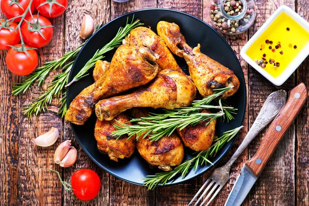 Фотография:  в стиле , Обзоры, Птица, Курица – фото на INMYROOM