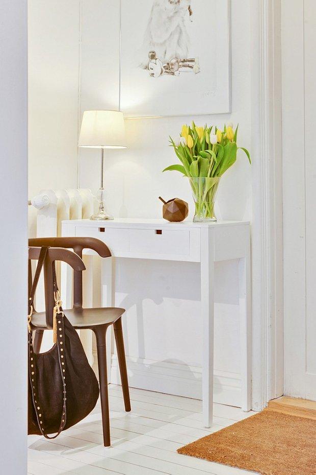 Фотография: Мебель и свет в стиле Скандинавский, Малогабаритная квартира, Квартира, Дома и квартиры – фото на INMYROOM