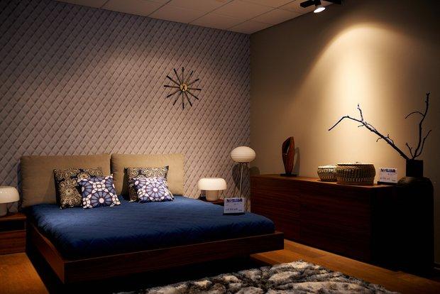 Фотография: Спальня в стиле Современный, Эклектика, Декор интерьера, BoConcept, Мебель и свет, Индустрия, События, Кулинарная студия Clever, Мягкая мебель – фото на INMYROOM