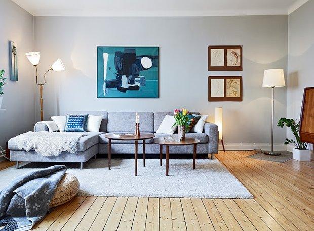Фотография: Гостиная в стиле Минимализм, Декор интерьера, Мебель и свет, Советы, Белый, как оформить пустой угол, пустой угол в квартире – фото на INMYROOM
