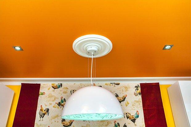 Фотография: Мебель и свет в стиле Современный, Кухня и столовая, Эклектика, Интерьер комнат – фото на INMYROOM