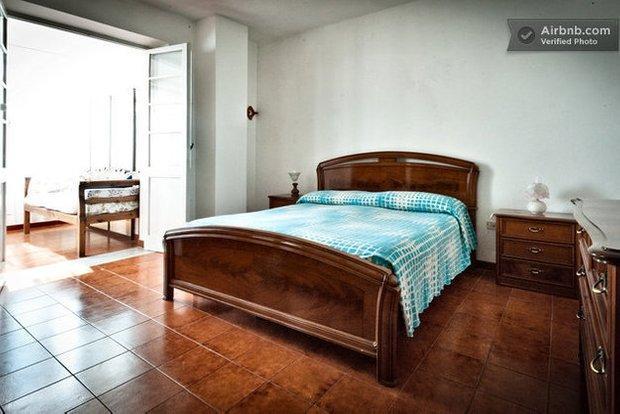 Фотография: Спальня в стиле Прованс и Кантри, Airbnb – фото на INMYROOM