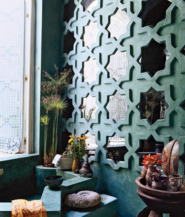 Фотография: Декор в стиле Восточный, Декор интерьера, Малогабаритная квартира, Мебель и свет, Советы, Стены, Зеркало, Окна – фото на INMYROOM
