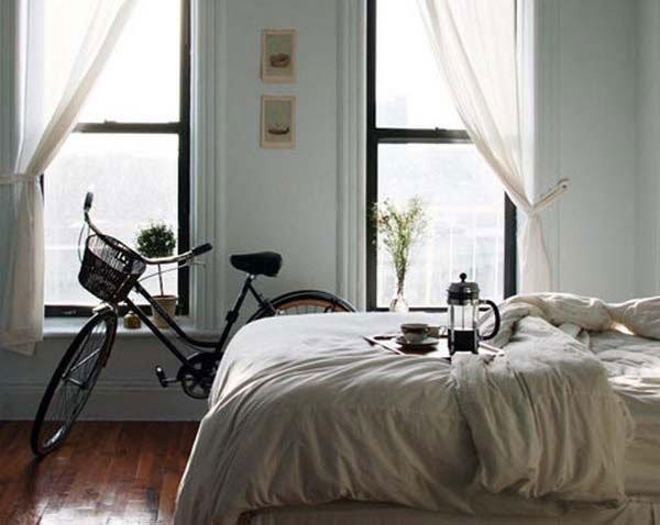 Фотография: Спальня в стиле Современный, Стиль жизни, Советы, Мебель-трансформер – фото на INMYROOM