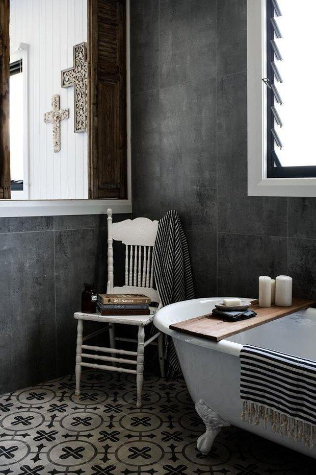 Фотография: Ванная в стиле Скандинавский, Декор интерьера, Дом, Австралия, Белый, Черный, как обустроить дом – фото на INMYROOM