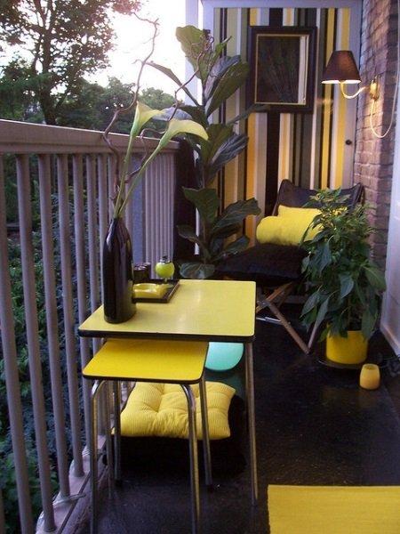 Фотография: Балкон в стиле Современный, Прованс и Кантри, Квартира, Декор, Советы, как обустроить открытый балкон, городской балкон, открытый балкон, идеи для открытого балкона – фото на INMYROOM