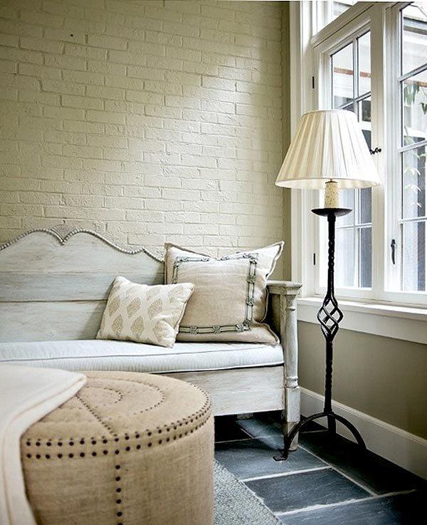 Фотография: Гостиная в стиле , Декор интерьера, Декор дома, Стены – фото на INMYROOM