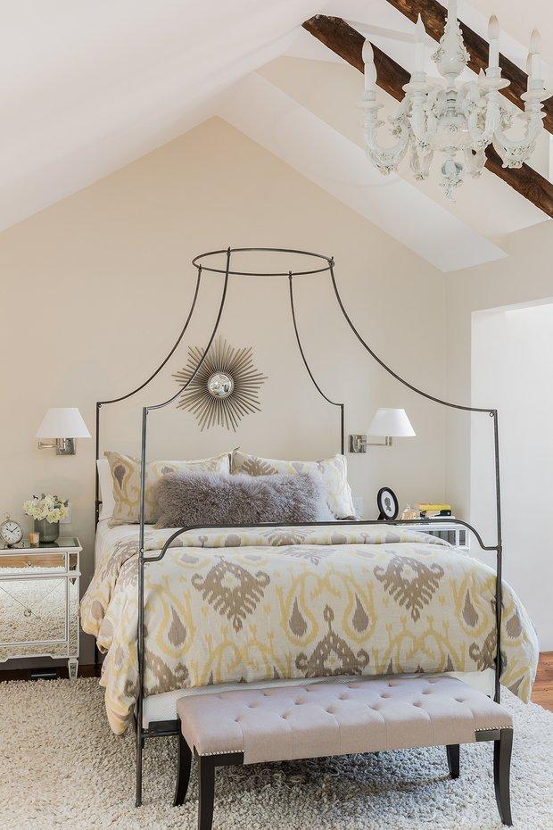 Фотография: Спальня в стиле Классический, Декор интерьера, Дом и дача, Таунхаус – фото на INMYROOM