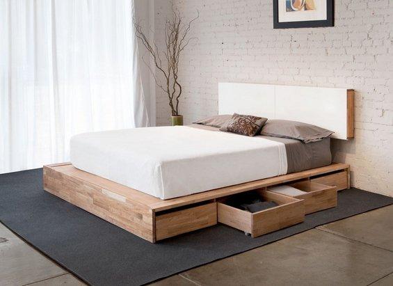 Фотография: Спальня в стиле Лофт, Эко, Гардеробная, Декор интерьера, Интерьер комнат, Системы хранения, Кровать, Гардероб – фото на INMYROOM