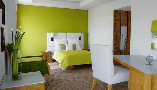 Фотография: Ванная в стиле Классический, Спальня, Декор интерьера, Квартира, Дом, Декор, Зеленый – фото на INMYROOM