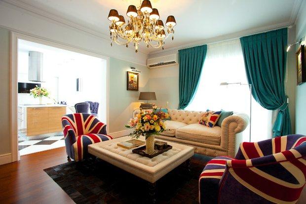 Фотография: Гостиная в стиле Классический, Современный, Декор интерьера, DIY, Дом, SMEG, Декор дома – фото на INMYROOM