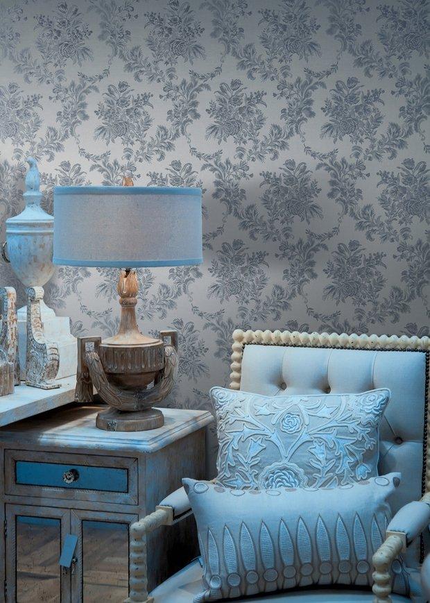 Фотография: Мебель и свет в стиле Прованс и Кантри, Гостиная, Интерьер комнат, Картины, Зеркало – фото на INMYROOM