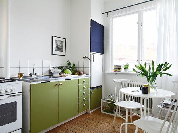 Фотография: Кухня и столовая в стиле Современный, Скандинавский, Малогабаритная квартира, Квартира, Швеция, Дома и квартиры, Минимализм – фото на INMYROOM