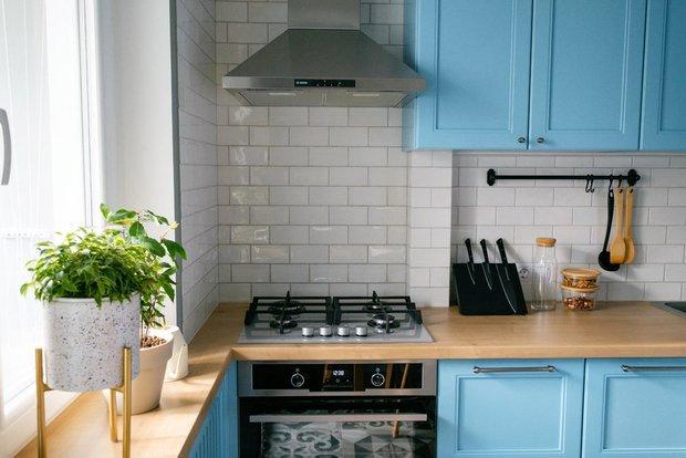 Фотография:  в стиле , Кухня и столовая, Советы, маленькая кухня, как сделать кухню удобной – фото на INMYROOM