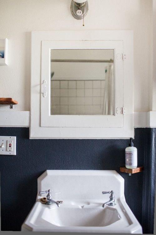 Фотография: Ванная в стиле Прованс и Кантри, Аксессуары, Декор, Мебель и свет, Советы, Черный, Бежевый, Синий, Серый – фото на INMYROOM