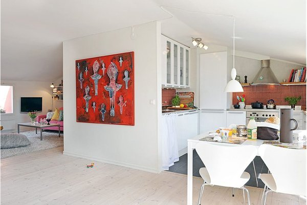 Фотография: Кухня и столовая в стиле Скандинавский, Декор интерьера, Декор дома, Картины, Современное искусство – фото на INMYROOM