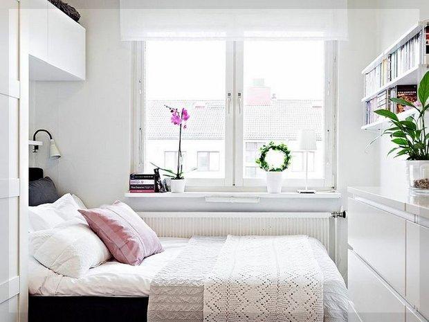 Фотография: Спальня в стиле Скандинавский, Малогабаритная квартира, Советы, Руслан Кирничанский – фото на INMYROOM