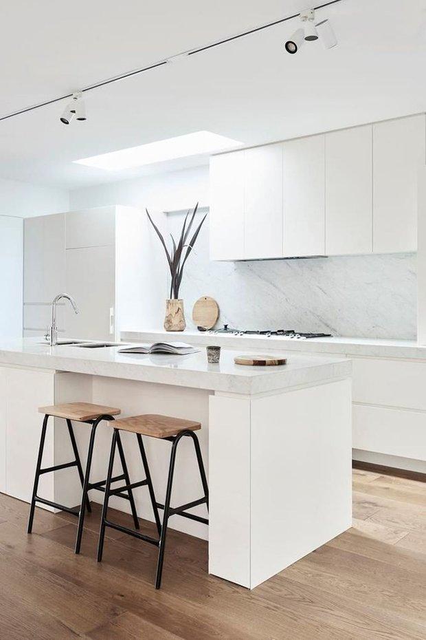 Фотография: Кухня и столовая в стиле Минимализм, Анастасия Веселко, LIFESTYLE – фото на INMYROOM