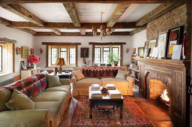 Фотография: Гостиная в стиле Прованс и Кантри, Особняк, Дом и дача, Более 90 метров – фото на INMYROOM