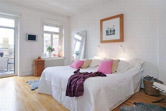 Фотография: Спальня в стиле Скандинавский, Декор интерьера, Интерьер комнат, Цвет в интерьере, Белый – фото на INMYROOM