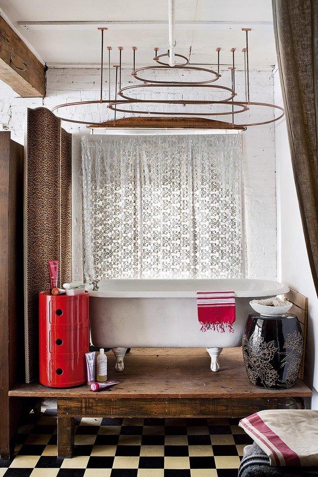 Фотография: Ванная в стиле Лофт, Эклектика, Декор интерьера, Квартира, Аксессуары, Мебель и свет – фото на INMYROOM