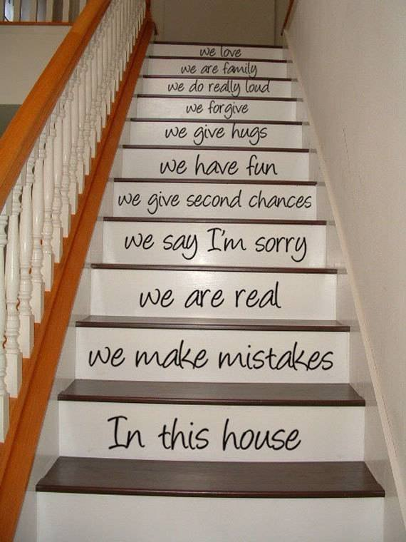 Фотография: Кухня и столовая в стиле Скандинавский, Архитектура, Декор, Мебель и свет, Ремонт на практике, Никита Морозов, освещение для лестницы, какую выбрать лестницу, какие бывают лестницы, прямая лестница, винтовая лестница, лестница на больцах, подвесная лестница, ограждение для лестниц, как украсить лестницу – фото на INMYROOM