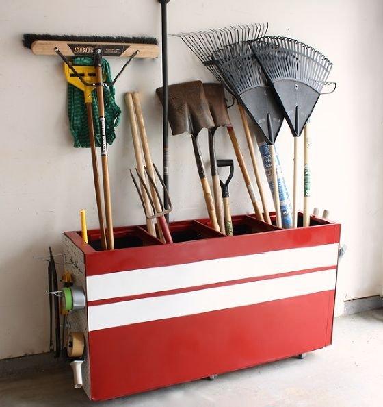 Фотография: Декор в стиле Прованс и Кантри, Эклектика, Прочее, Дом и дача, как обустроить гараж, хранение в гараже, как обустроить дачный сарай, идеи для гаража – фото на INMYROOM