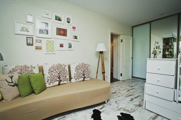 Фотография: Гостиная в стиле Скандинавский, DIY, Квартира, Переделка, Гид, герой – фото на INMYROOM