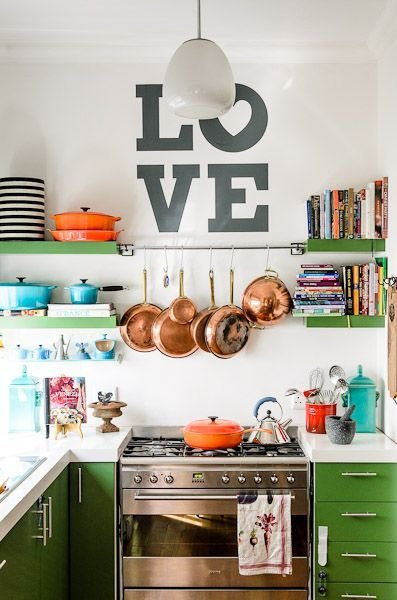 Фотография: Кухня и столовая в стиле Прованс и Кантри, Лофт, Интерьер комнат – фото на InMyRoom.ru
