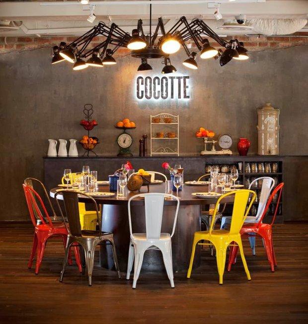 Фотография: Кухня и столовая в стиле Эклектика, Декор интерьера, Moooi, Мебель и свет, Светильник – фото на INMYROOM