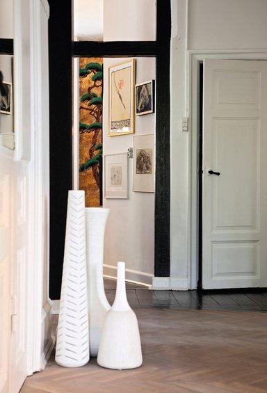 Фотография: Прихожая в стиле Прованс и Кантри, Декор интерьера, Квартира, Дома и квартиры, Камин – фото на INMYROOM