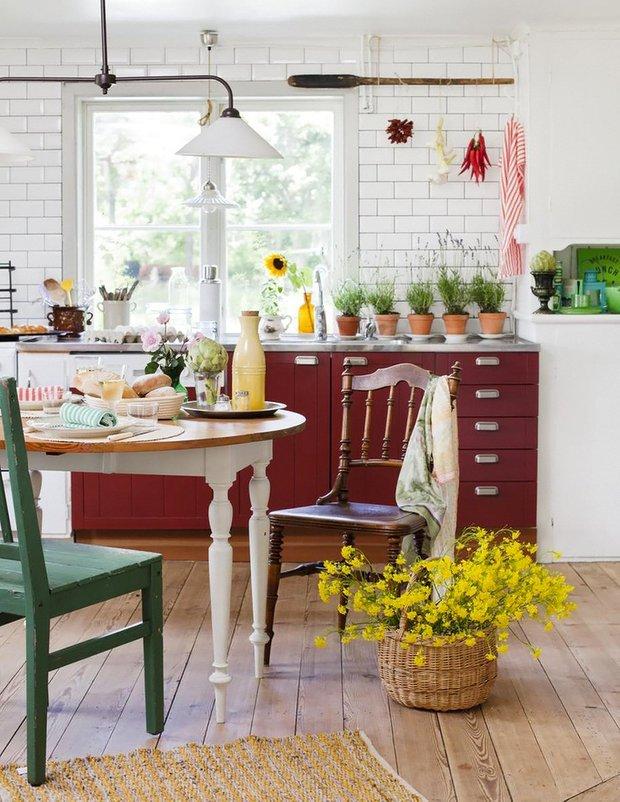 Фотография: Кухня и столовая в стиле Лофт, Прованс и Кантри, Интерьер комнат – фото на INMYROOM