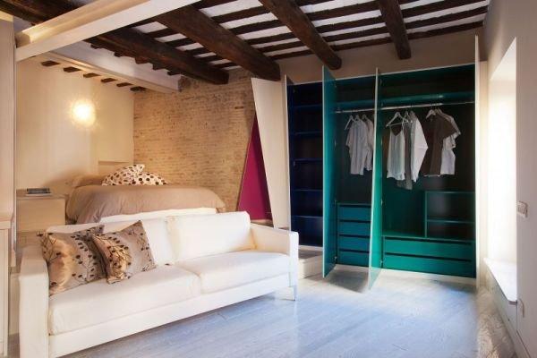 Фотография: Спальня в стиле Лофт, Малогабаритная квартира, Квартира, Дома и квартиры – фото на INMYROOM