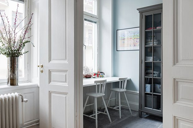 Фотография: Кухня и столовая в стиле Скандинавский, Декор интерьера, Квартира, Швеция, 3 комнаты, 60-90 метров – фото на INMYROOM