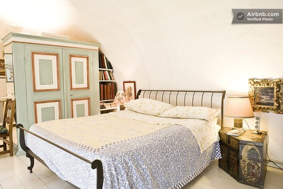 Фотография: Кабинет в стиле Скандинавский, Стиль жизни, Советы, Париж, Airbnb – фото на InMyRoom.ru