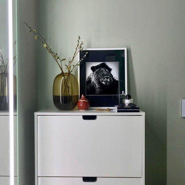 Фотография: Прихожая в стиле Современный, Квартира, Советы, Samsung, 1 комната, до 40 метров, Монолитно-кирпичный, the frame – фото на INMYROOM