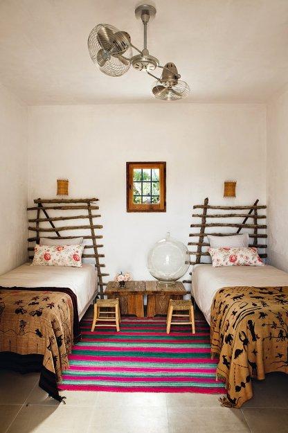 Фотография: Спальня в стиле Скандинавский, Эклектика, Дом, Дома и квартиры – фото на INMYROOM