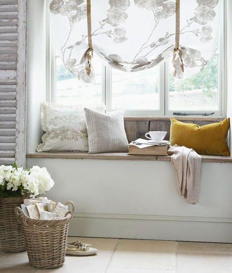 Фотография: Спальня в стиле Скандинавский, Декор интерьера, Текстиль, Подушки – фото на INMYROOM