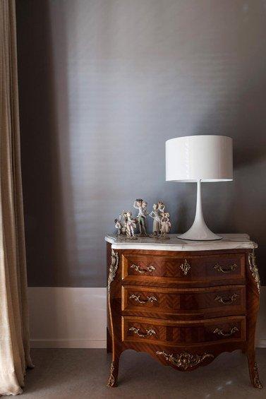 Фотография: Мебель и свет в стиле Классический, Эклектика, Декор интерьера, Квартира, Дома и квартиры – фото на INMYROOM