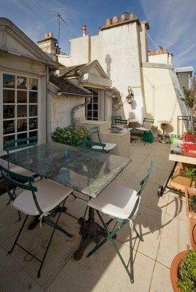 Фотография: Балкон в стиле Прованс и Кантри, Стиль жизни, Советы, Париж, Airbnb – фото на INMYROOM