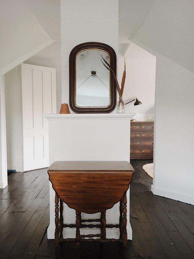 Фотография: Спальня в стиле Скандинавский, Минимализм, Декор интерьера, до и после, переделка старого дома – фото на INMYROOM