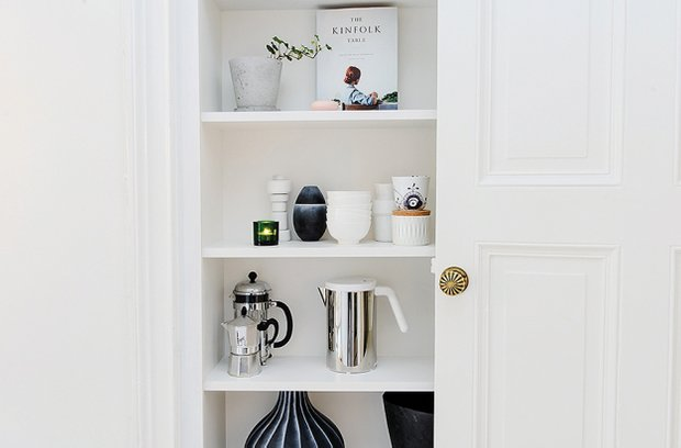 Фотография: Декор в стиле Скандинавский, Малогабаритная квартира, Квартира, Цвет в интерьере, Дома и квартиры, Белый – фото на INMYROOM